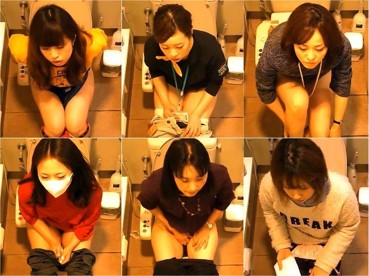 15260197 女性たちの洋式お手洗い 12(デパート編)